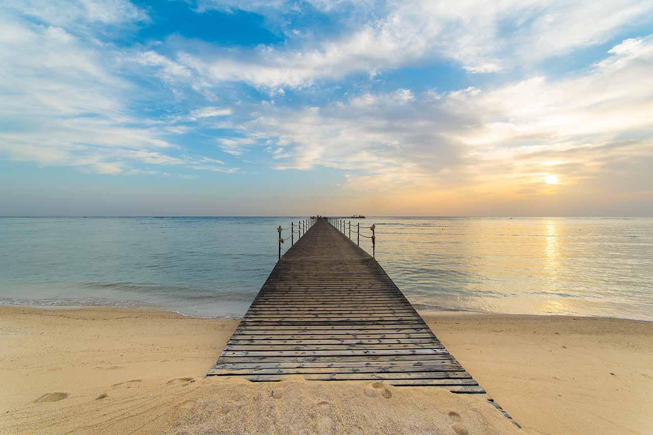 ทะเลและหาดทราย